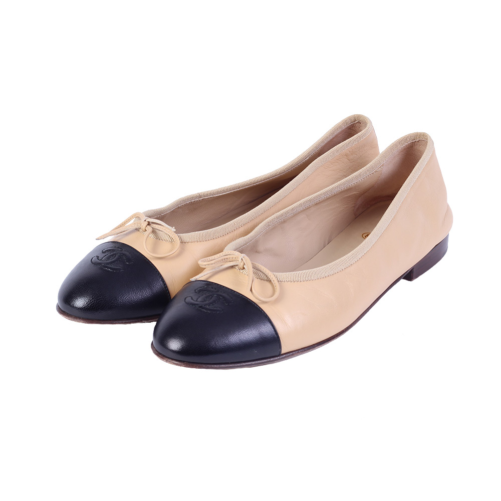 90ed0e61f0d84 CHANEL Leather CC Cap-Toe Ballerina Flats Beige and Black – S: 40.5 ...