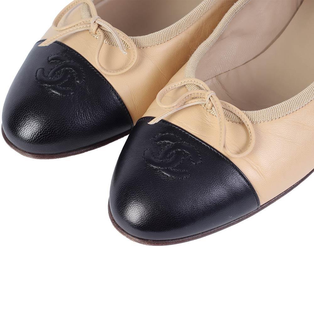 online retailer a6e8c 7de0f CHANEL Leather CC Cap-Toe Ballerina Flats Beige and Black – S: 40.5