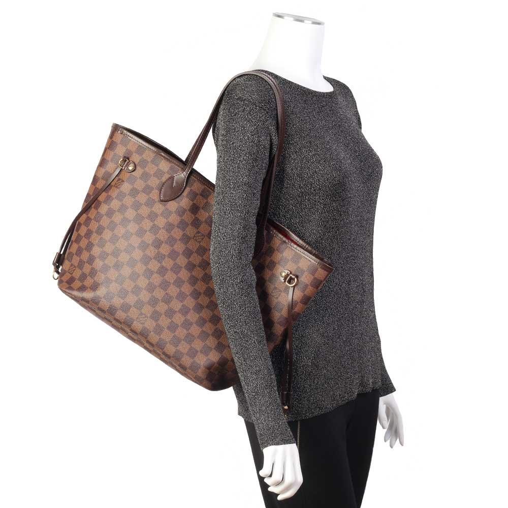 98c0c79bf243 LOUIS VUITTON Damier Ebene Neverfull MM