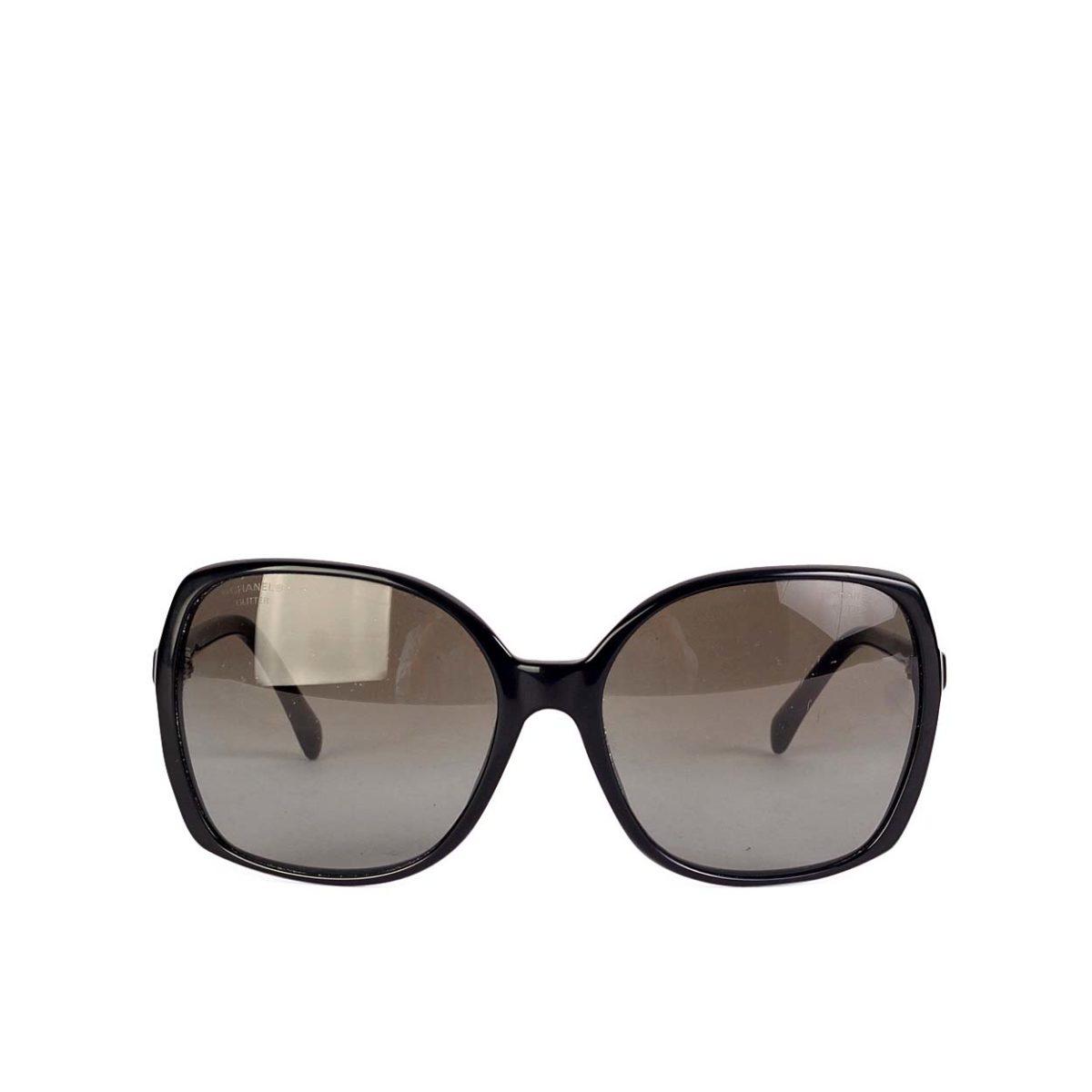 CHANEL Square Signature CC Sunglasses black | Luxity