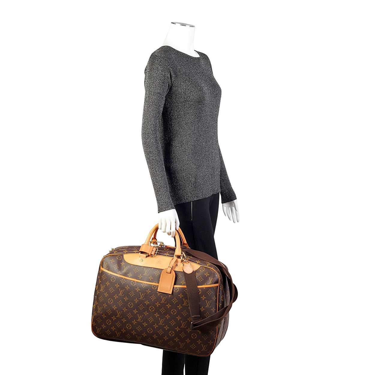 LOUIS VUITTON Monogram Vintage Alize 2 Poches Travel Bag- Mannequin ... 4a38cbf60f37d