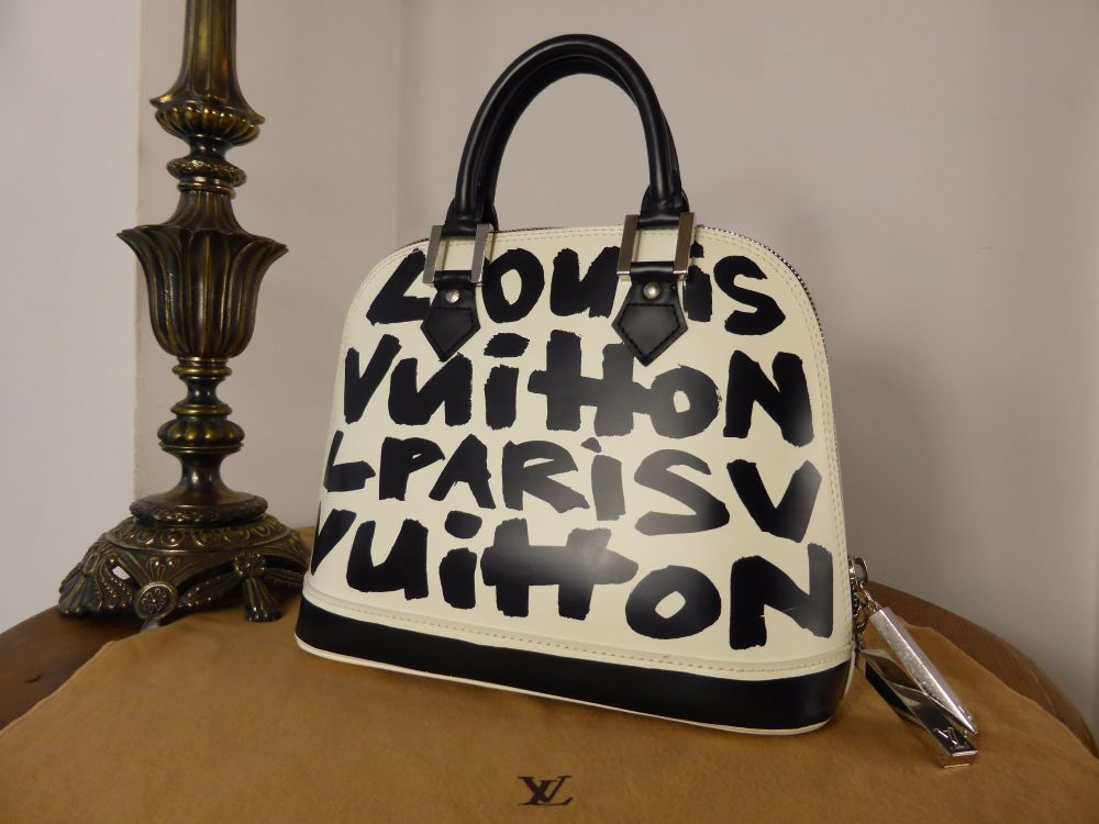 LV Stephan Sprouse designs