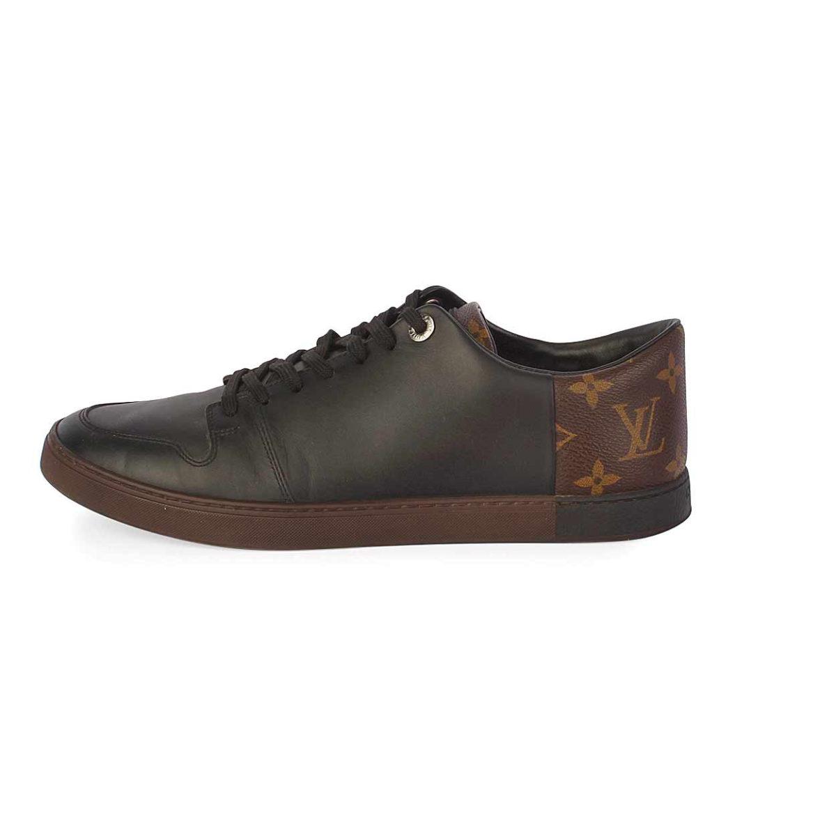 26a34e1623fe LOUIS VUITTON Monogram Line-Up Sneakers - S  40.5 (7)