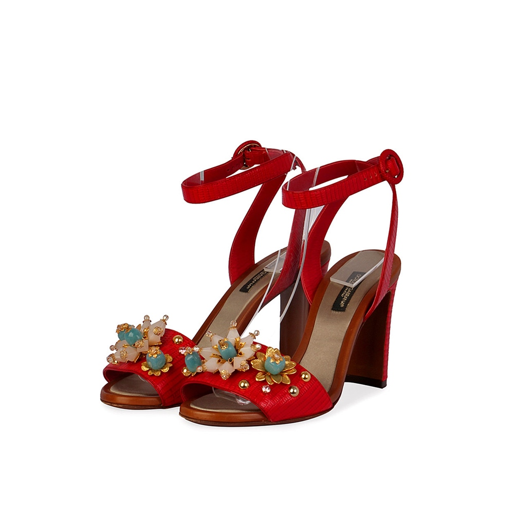 779f3f40c8b09 DOLCE   GABBANA Leather Embellished Sandals Red – S  36 (3.5)