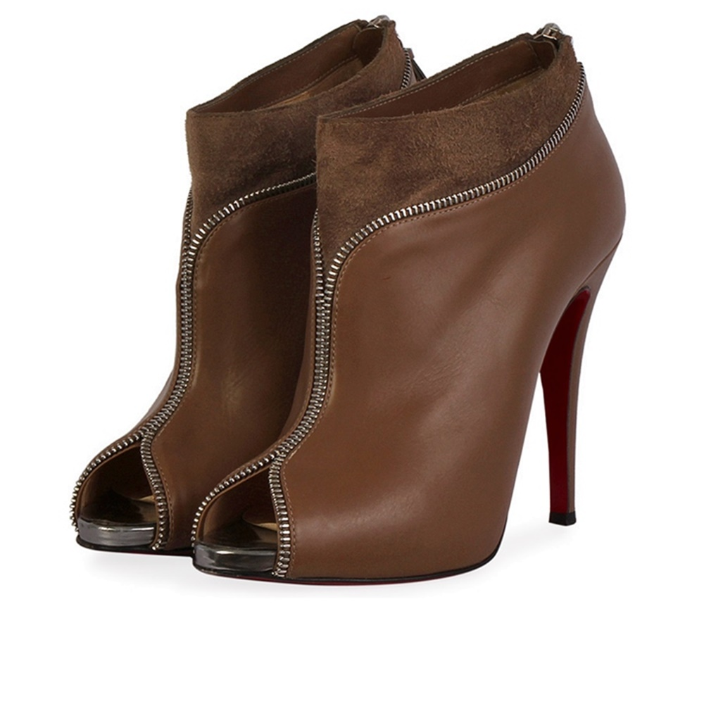 5e7e20030a43 CHRISTIAN LOUBOUTIN Leather Col Zippe Ankle Boots Grey - S  39 (6 ...