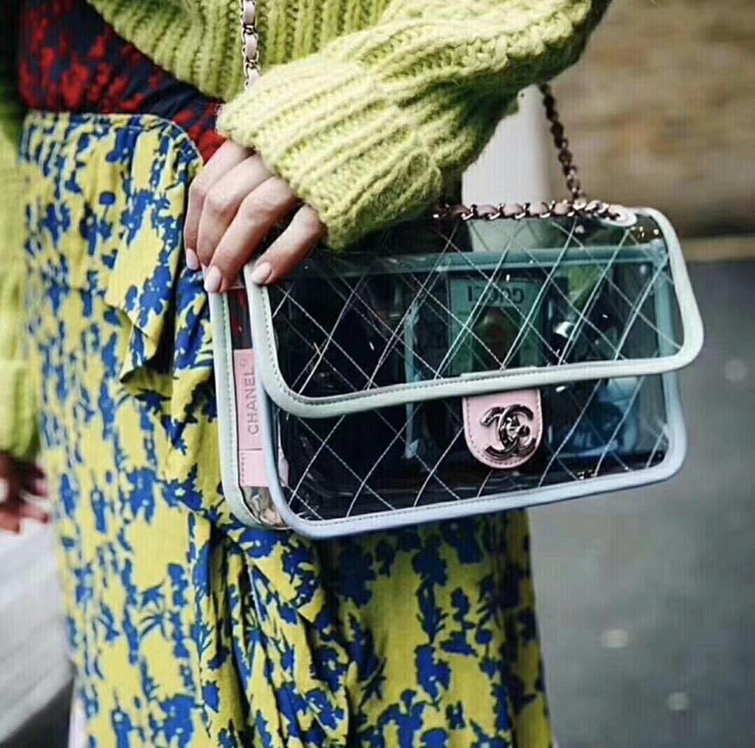 """af0cf4075fd3b3 Our Selection of """"It"""" Designer Handbags for Spring/Summer 2018"""