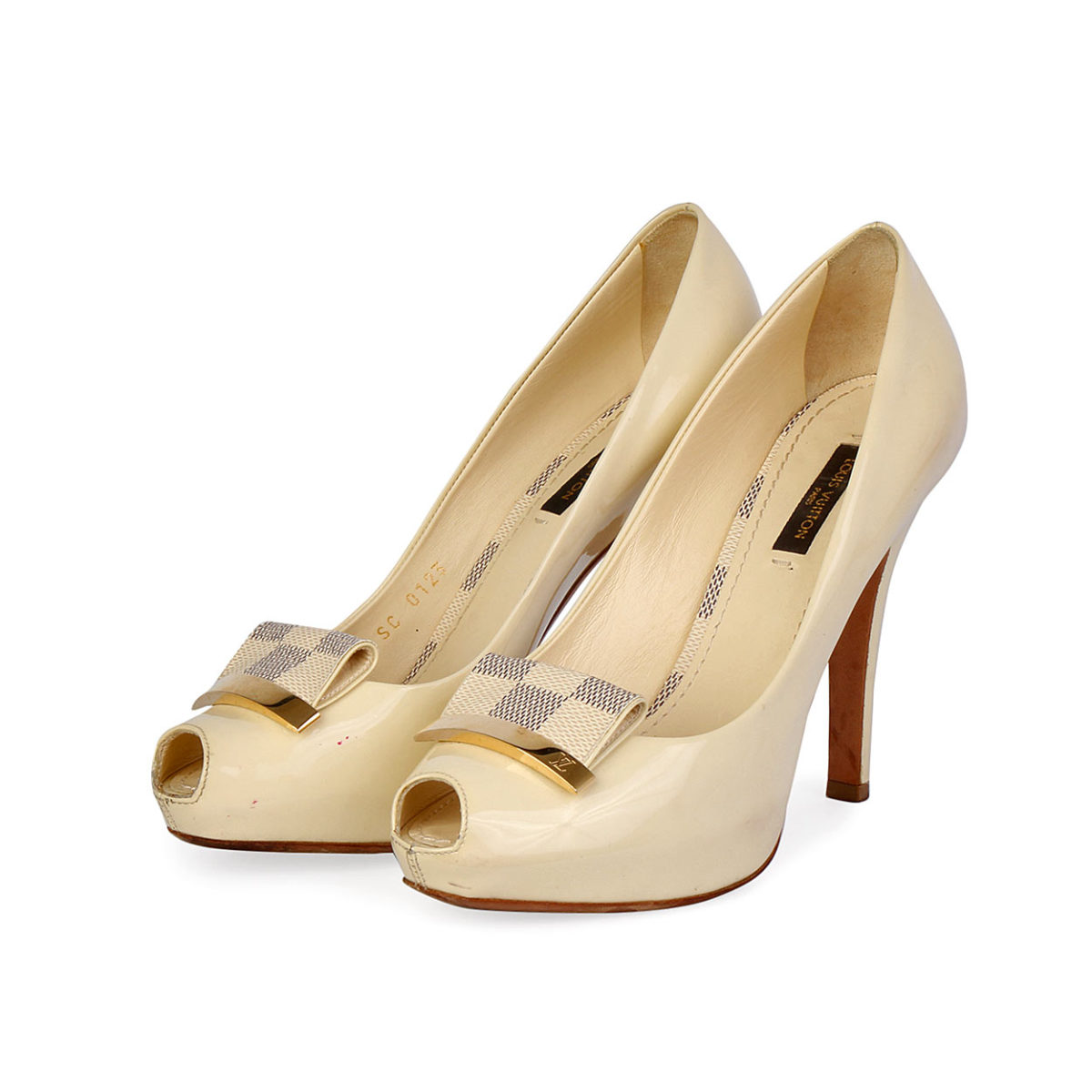 88a46e45c73 LOUIS VUITTON Patent Damier Azur Peep Toe Pumps Cream - S  36 (3.5 ...