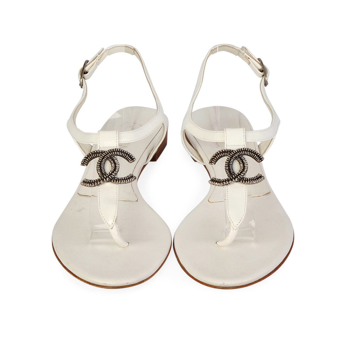 CHANEL Patent Leather CC Thong Sandals