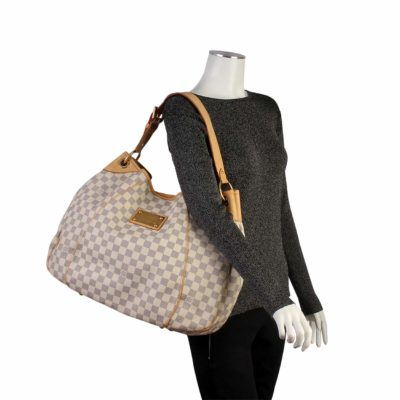 044948908650a The Price of Louis Vuitton Handbags in South Africa